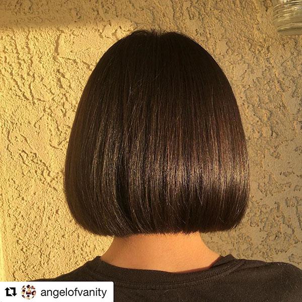 Bilder von kurzen stumpfen Bob-Haarschnitten