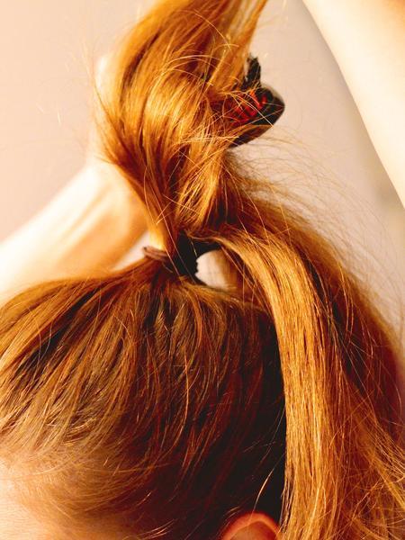 Haare für mehr Volumen necken