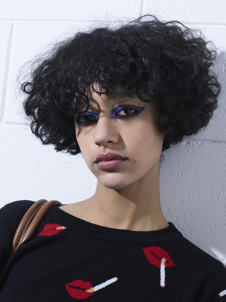 Frisuren für ovale Gesichter
