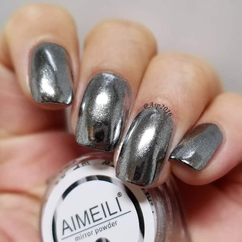 Silbermetallic Nagelfarbtrends