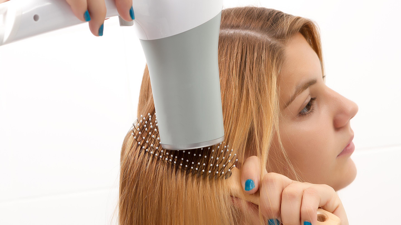 Styling-Tools zum Ausblasen von Haaren