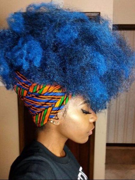blauer Afro