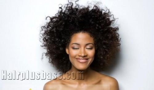 Zoll Sweety Short Black Wavy Chic Perücke Frisur für Frauen