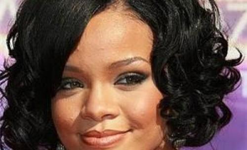 Frisuren für schwarze Frauen Short Curly Hairshort