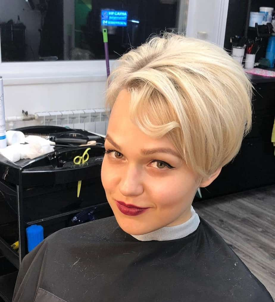 Kurze Frisuren für Frauen 2021