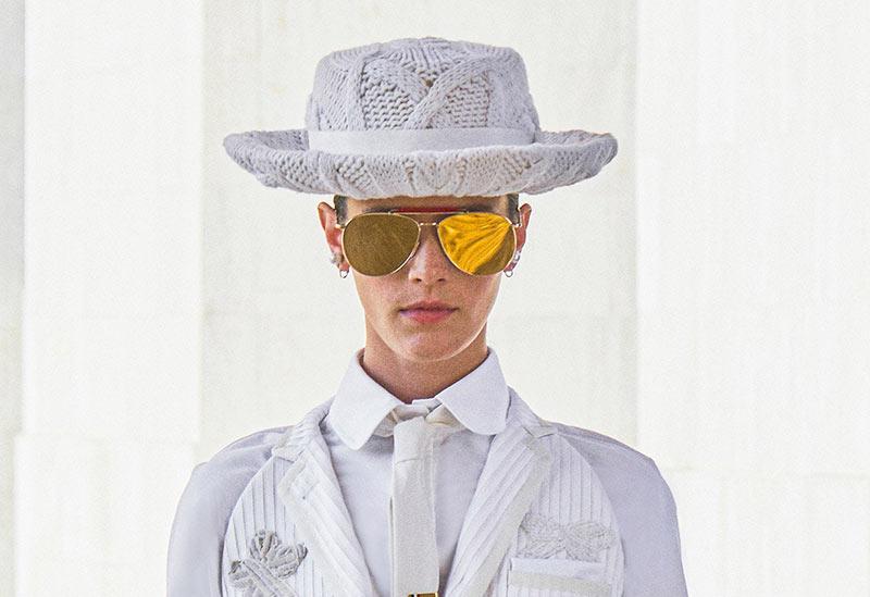 Huttrends Frühjahr / Sommer 2021: Weiße Hüte bei Thom Browne