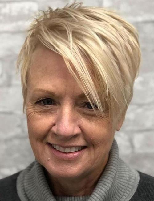 Kurze Frisuren und Frisuren für Frauen über 60 in den Jahren 2021-2022