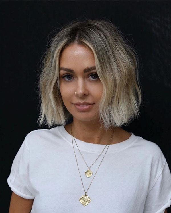 Blondes Ombre auf kurzen Haaren