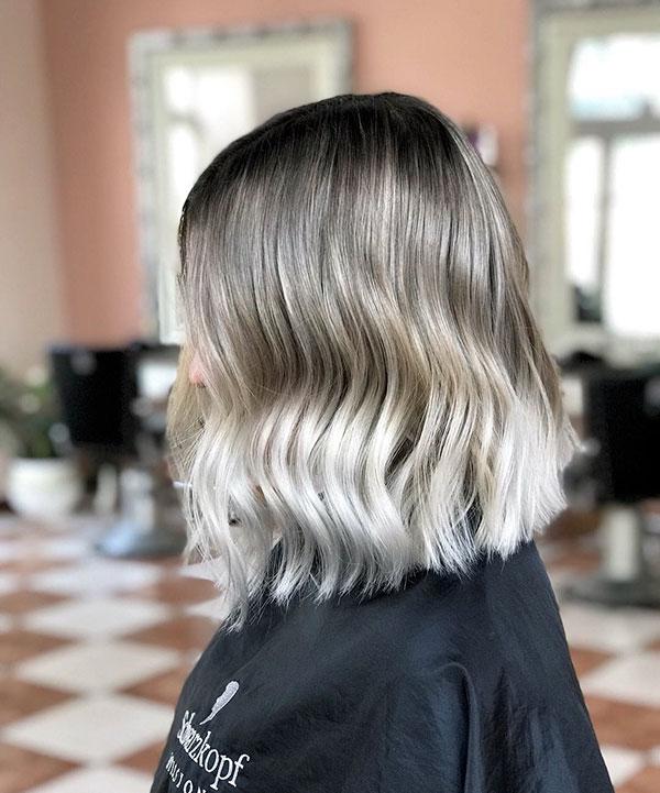 Kurzes blondes Ombre-Haar