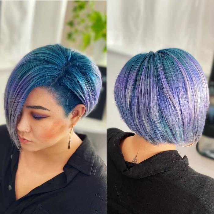 Überwachsenes Pixie-Haar