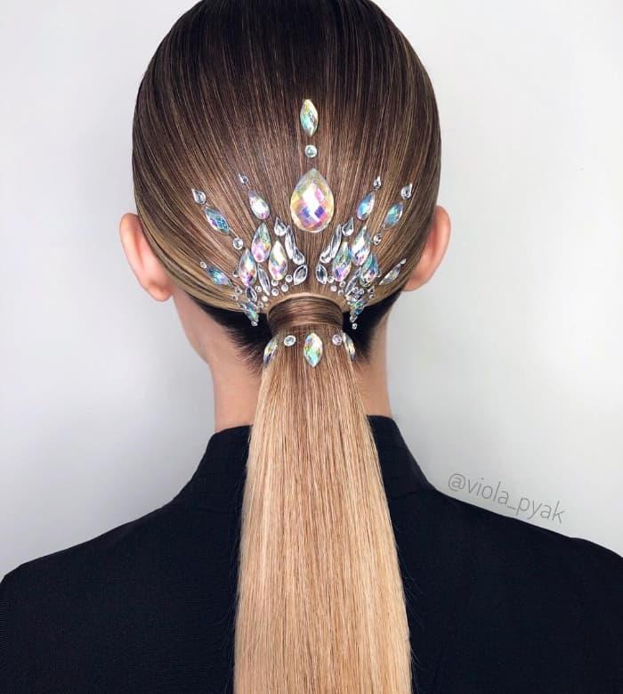 Auswählen von Frisuren für glattes Haar