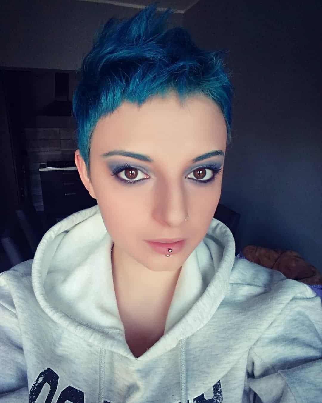 short hair 2021 boyish pixie