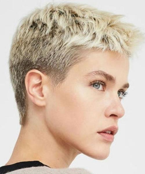Kurze Frisuren für Frauen in den Jahren 2021-2022