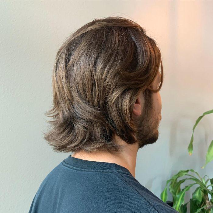 Lange Schichten für glattes Haar