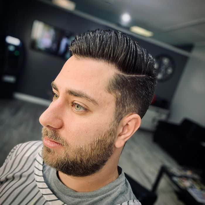 Ivy League Haarschnitt mit Bart