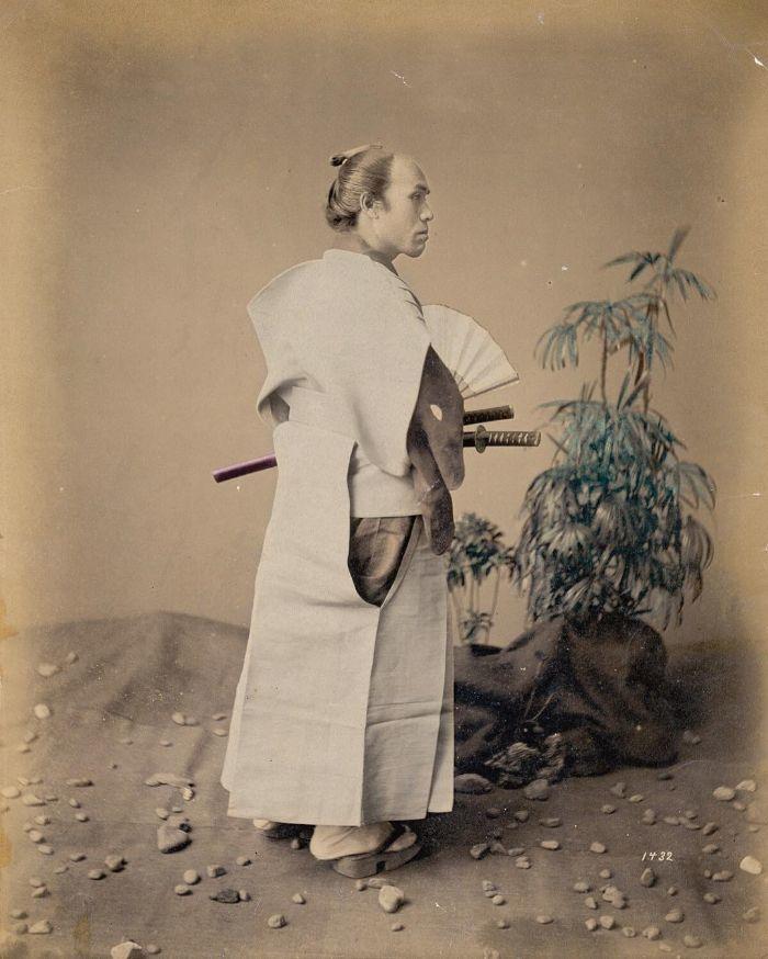 Klassischer Samurai-Haarknoten