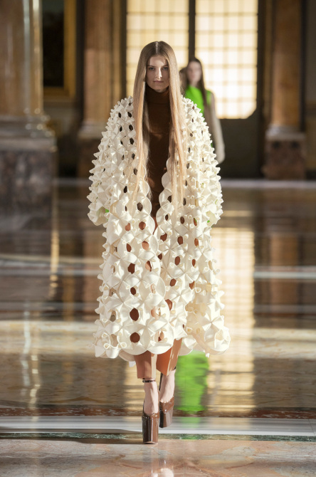 STYLECASTER | Pariser Modewoche SS21 Couture
