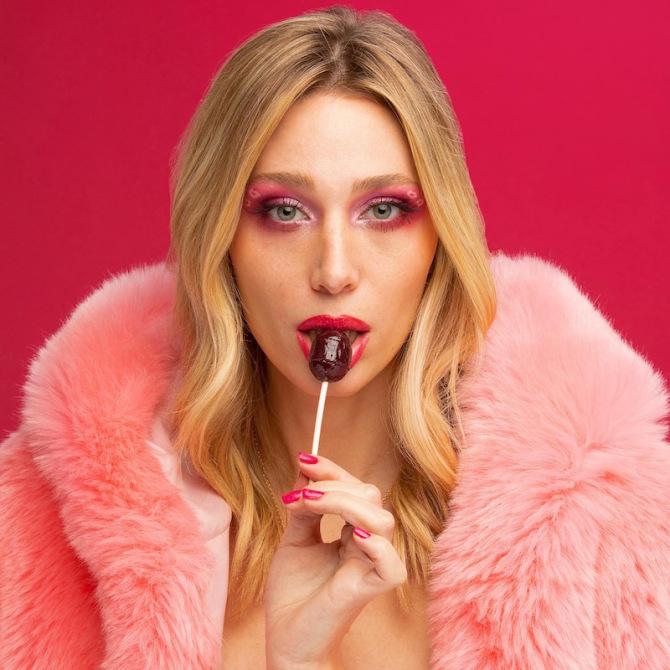 Photo3 Sweet n 'Spicy: Eine Clubhaus-Zusammenarbeit, die Transgender-Schönheit und Selbstliebe feiert