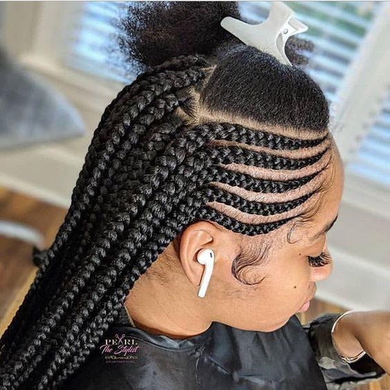 Beste schwarz geflochtene Frisuren, um aufzufallen