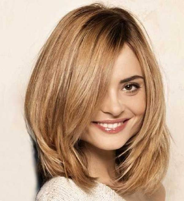 13. Short to Mid Layered Hair -Short Hairstyles for Women 2020
