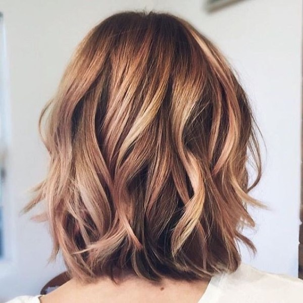 Layered Blonde and Brown hairstyle for thick hair women hairstyles 2021