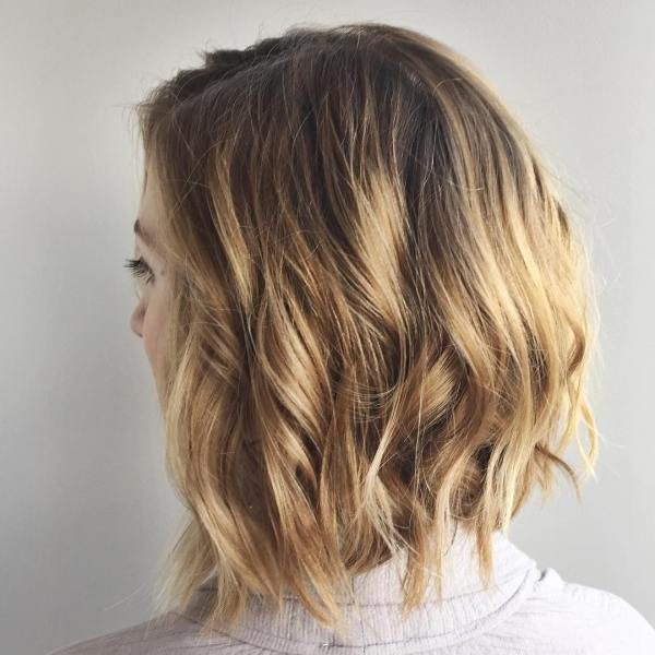 Nice curly bob hairstyle for medium hairstyles length women hairstyle 2021
