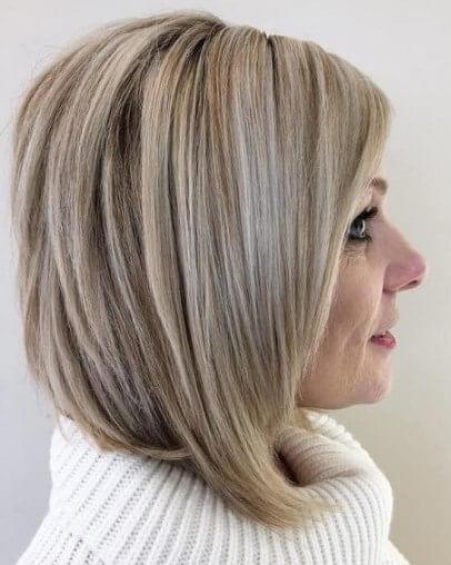 Kurze Frisuren für dickes Haar über 60