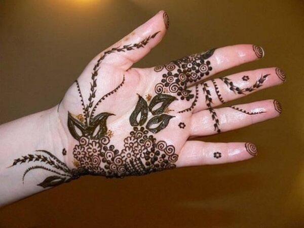 Das Dual trennt das arabische Mehndi-Design