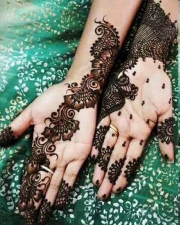 Attraktives arabisches Mehndi Design
