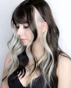 einzigartiges schwarzweißes Haar