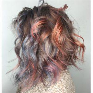 einzigartiges metallisches Haar