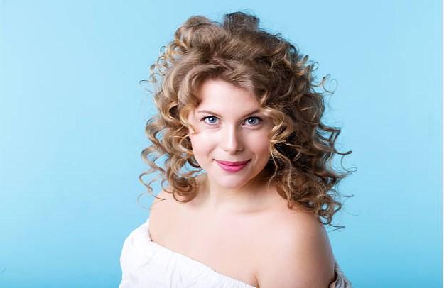 Kurze Frisuren für fette Gesichter und Doppelkinn weiblich