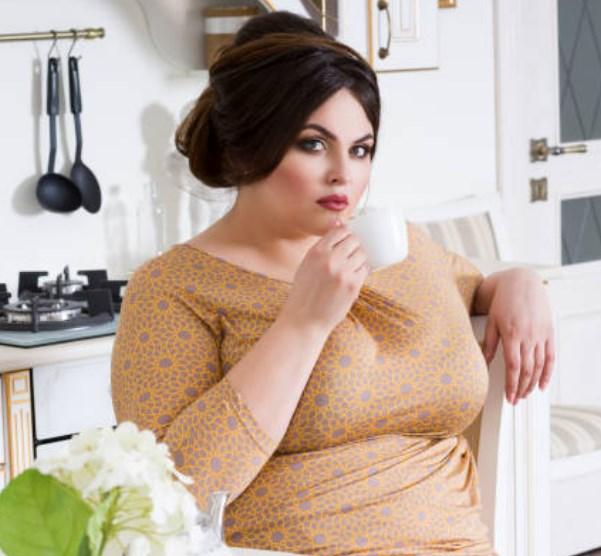 Frisuren für fette Gesichter und Doppelkinn 2018