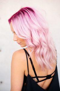 rosa Schattenwurzel