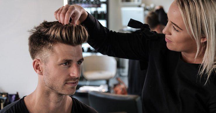Haarstyling im Salon