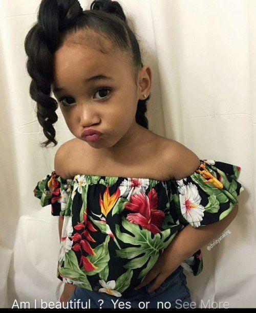 Kleine schwarze Mädchenfrisuren 2021-2022