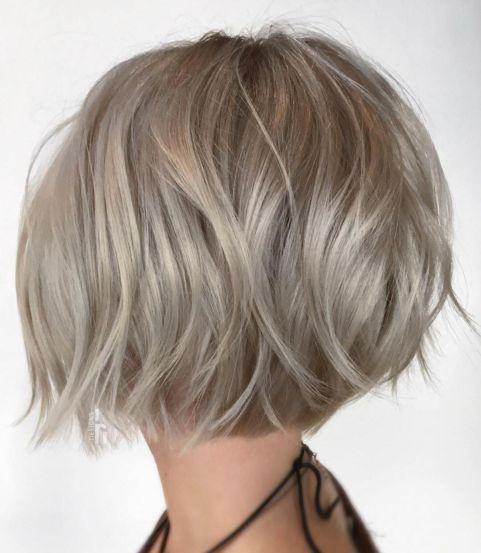 Kurze Frisuren für feines Haar 2021-2022