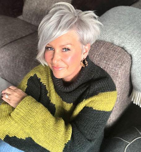 Pixie-Haarschnitte für Frauen über 60 in den Jahren 2021-2022