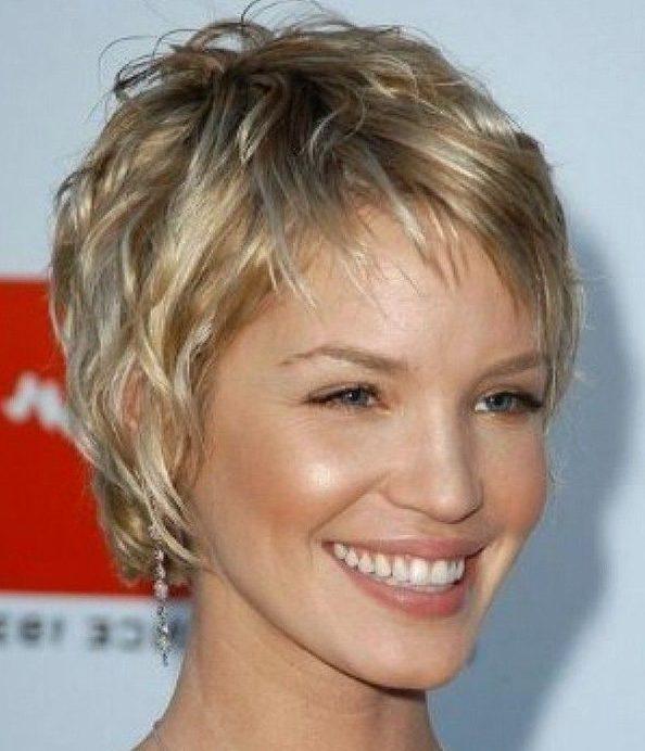 Kurze Frisuren für über 50 feine Haare
