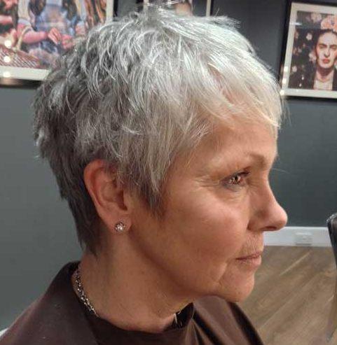 Bester Haarschnitt für älteres schütteres Haar