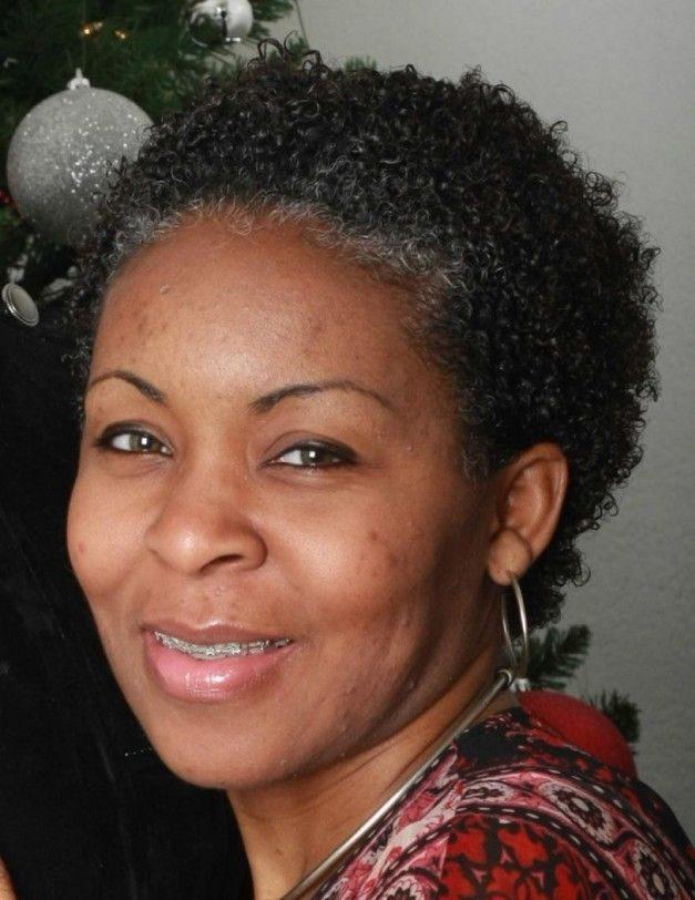 Wartungsarme Kurzhaarschnitte für ältere schwarze Frauen