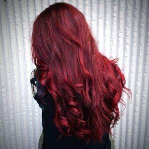 langer dunkler Rubin