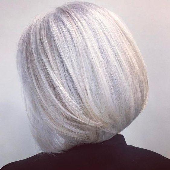 dünne Frisuren für über 60 graue Haare