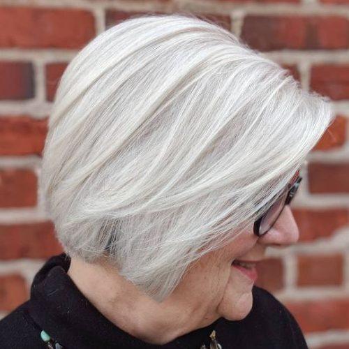 Frisuren für graues Haar über 70