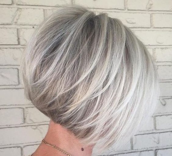 feines Haar Bob Frisuren für Frauen über 50