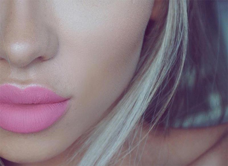 So wählen Sie rosa Lippenstifte für Hauttöne