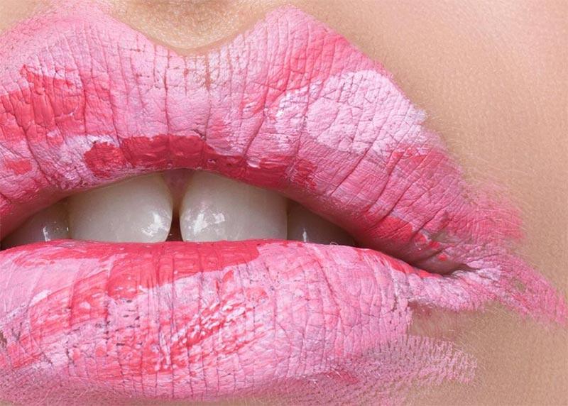 Wie man Lip Tint aufträgt