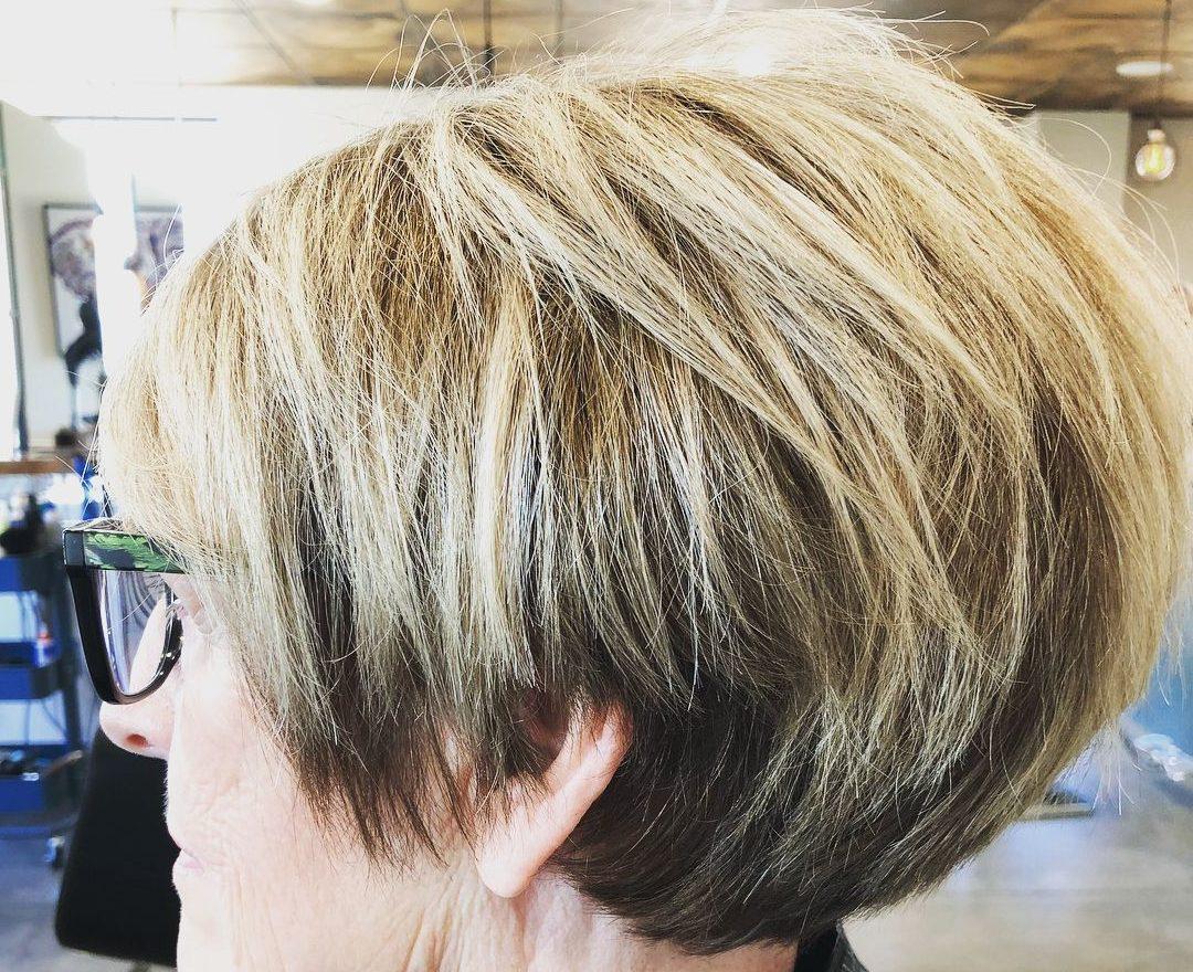 Frisuren alter Frauen für Frauen über 70
