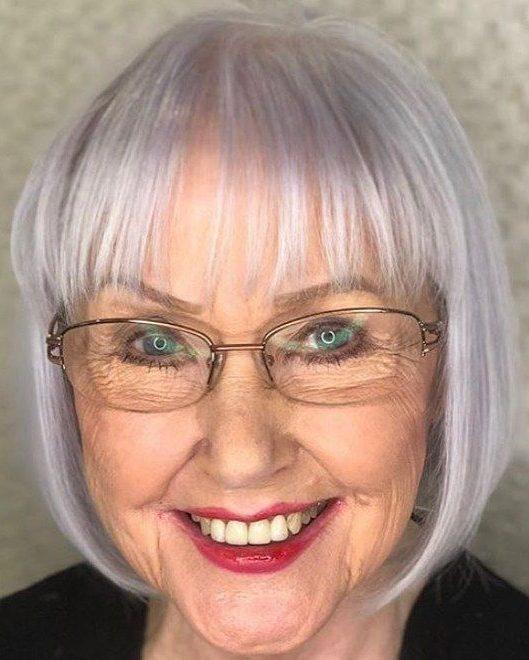feine Frisuren für 70 Jahre alte Frau