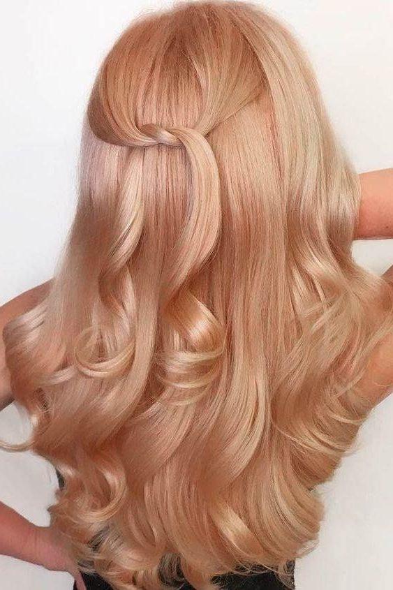 erdbeerblondes Ombre kurzes Haar